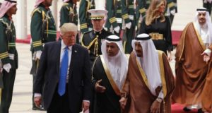 trump_saudi arabia_700