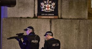 police_london bridge_1100