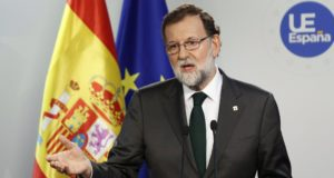 Brüsszel, 2017. október 20. Mariano Rajoy spanyol miniszterelnök sajtótájékoztatót tart az Európai Unió brüsszeli csúcstalálkozójának második napján, 2017. október 20-án. (MTI/EPA/Julien Warnand)