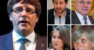 Barcelona, 2017. november 3. Kombókép Carles Puigdemont leváltott katalán elnökről (b) és kormányának egykori négy tagjáról, Antoni Cominról, Lluis Puigról (felső sor b-j) és Meritxell Serretről, valamint Clara Ponsatiról (alsó sor b-j). A spanyol központi büntető bíróság 2017. november 3-án kiadta az európai elfogatóparancsot Carles Puigdemont és a négy volt kormánytag ellen. A politikusok ellen lázadás, zendülés, hűtlen kezelés és egyéb bűncselekmények gyanújával indítottak eljárást, miután a katalán parlament egyoldalúan kikiáltotta a függetlenséget. (MTI/EPA/EFE)