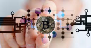 bitcoin-2643159_960_720