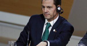 A mexikói elnök, Enrique Pena Nieto a One Planet konferencia plenáris ülésén Ile Seguinben, Párizs közelében 2017. december 12-én.  EPA/ETIENNE LAURENT
