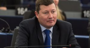 epa05969259 Martin Selmayr, Head of Cabinet of EU Commission President Jean-Claude Juncker, reacts at the European Parliament in Strasbourg, France, 17 May 2017.  EPA/PATRICK SEEGER *** Local Caption *** 53523722