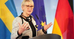 A svéd külügyminiszter Margot Wallstrom a német külügyminiszterrel  tartott közös sajtótájékoztatón Berlinben, 2018. április 10-én.   EPA/ALEXANDER BECHER
