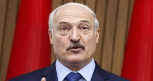 Chisinau, 2018. április 19. A kétnapos látogatáson Moldovában tartózkodó Aljakszandr Lukasenka fehérorosz elnök közös sajtótájékoztatót tart Pavel Filip moldovai miniszterelnökkel Chisinauban 2018. április 19-én. (MTI/EPA/Dumitru Doru)